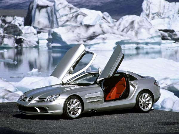 Mercedes SLR Coupe