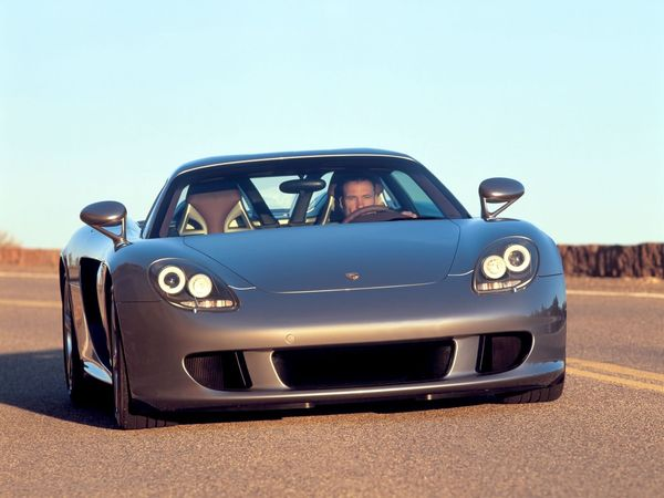 porsche-carrera_gt-2004-coupe